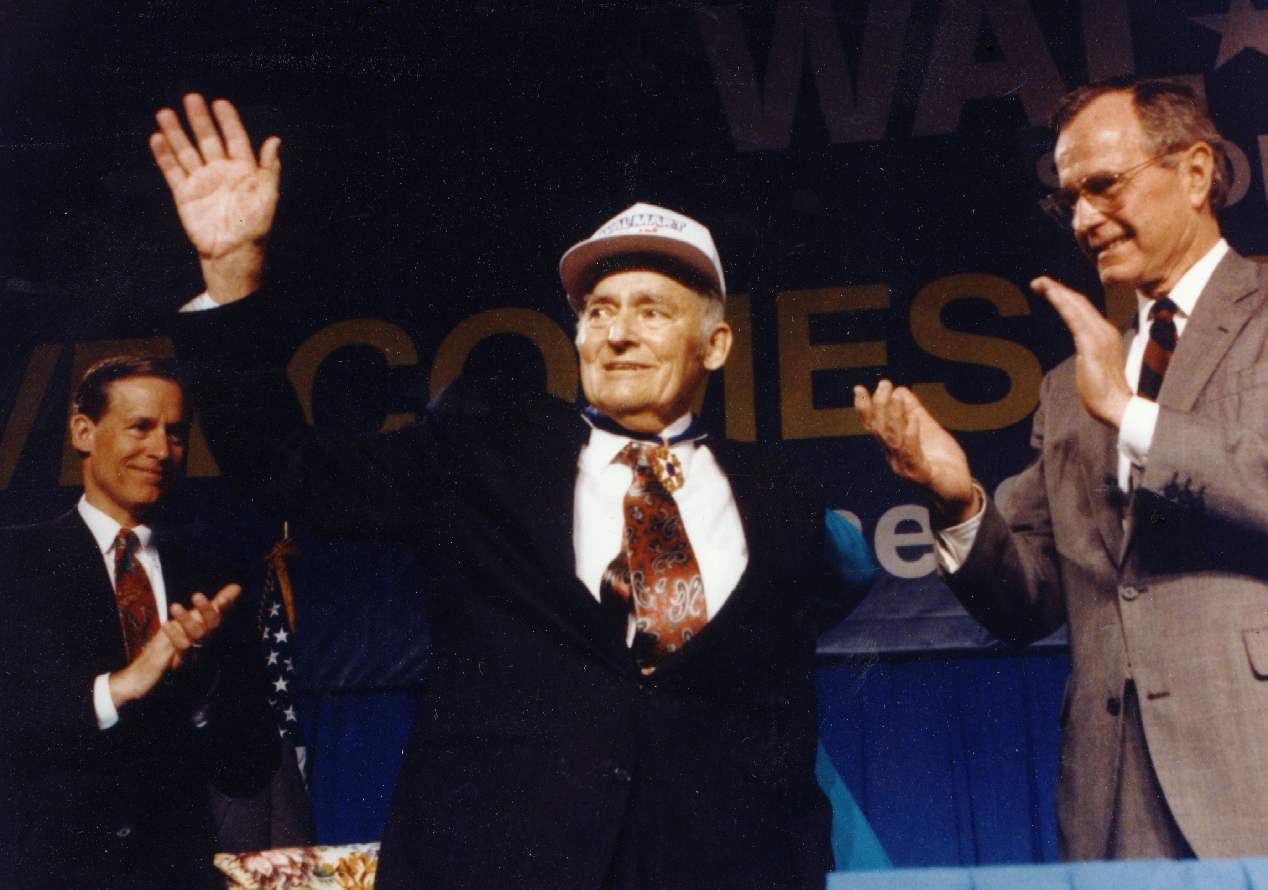 Sam Walton Receives Presidential Medal Of Freedom In 1992
